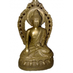 Будда на троне