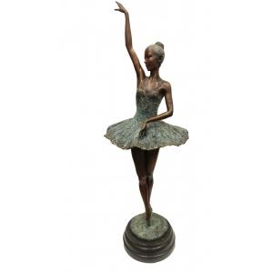 Балерина подняла ручку (большая)