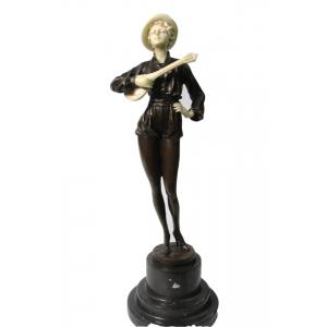 """статуэтка из бронзы """"Девушка с мандолиной""""  Ар-Деко"""