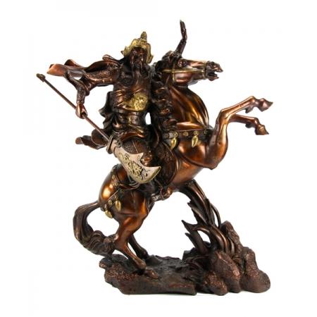 Гуань-бог войны на коне