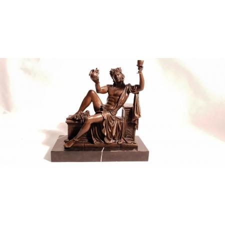 Дионис (Бахус) - бог виноделия (корич.)