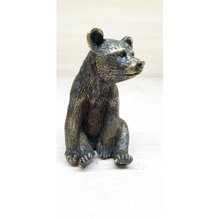 Медведь сидит (миниатюра)