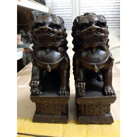 Небесные львы (собаки Фу)