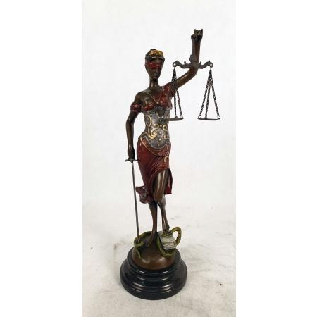 Фемида - богиня правосудия (цветная, средняя)