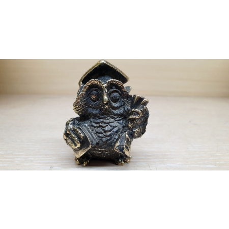 Мудрая сова - профессор (миниатюра)