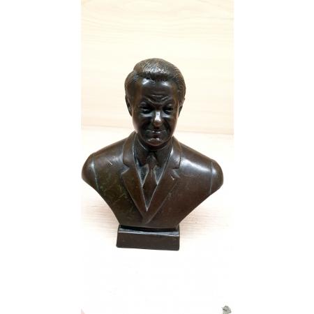 бюст Ельцина Б.Н. из бронзы