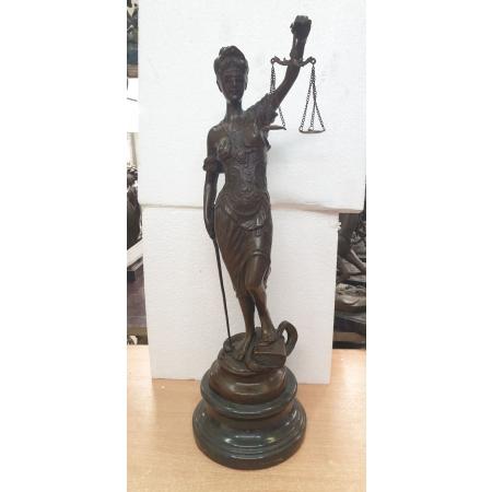 Фемида - богиня правосудия (большая)