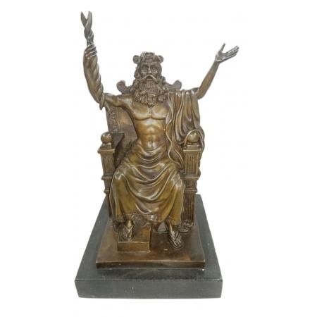 Зевс - верховный бог на троне