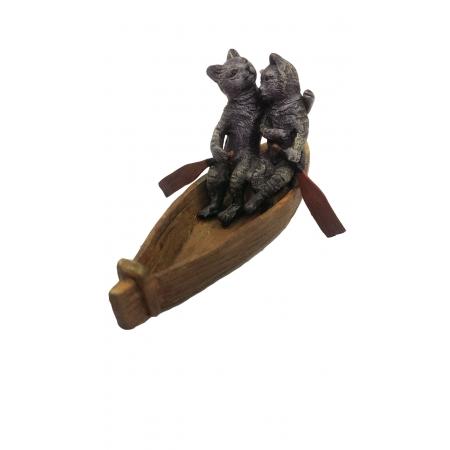 Влюбленные кошка и кот в лодке (венская бронза)