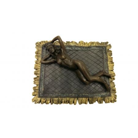 визитница Обнаженная девушка на ковре (венская бронза)